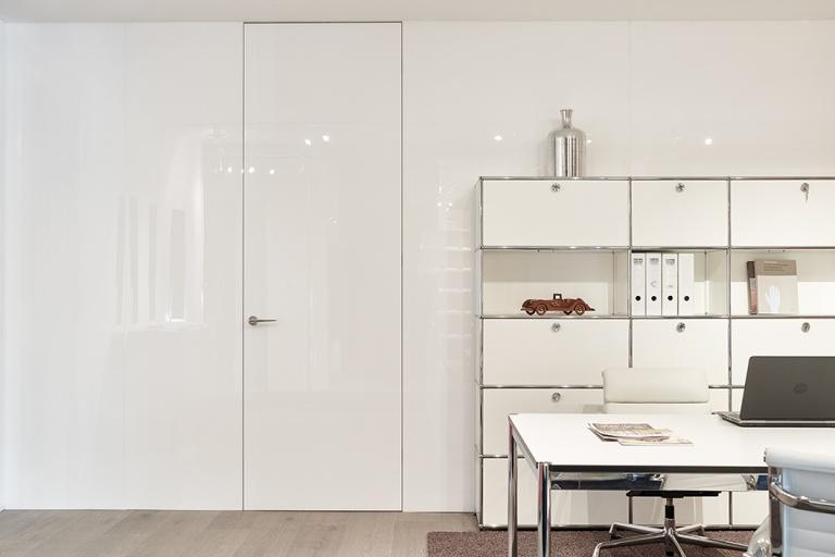 White room divider